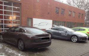 Tesla ServiceCenter Hamburg 2